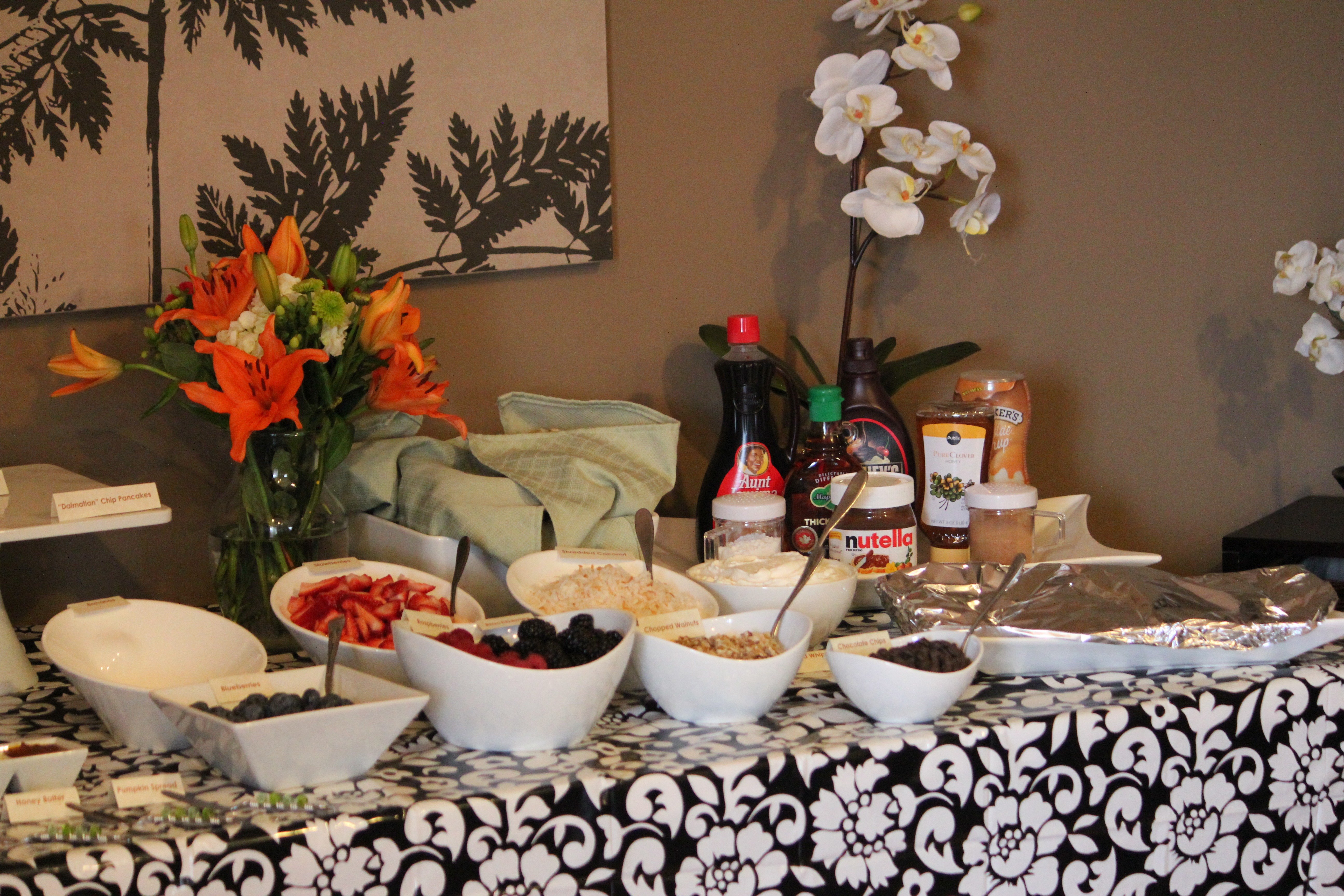 How to set up breakfast buffet table buffet design for Ensemble table buffet